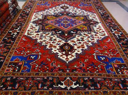 فرش با طرح های سنتی carpets traditional designs