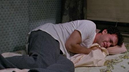 عوارض گریه کردن هنگام خواب sleeping crying
