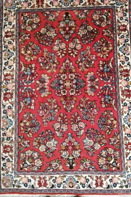 ویژگی های قالی ساروق sarooq